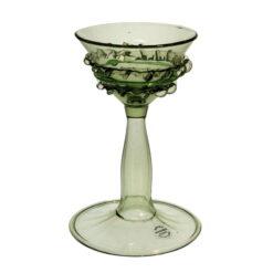 Pokal med grön tråddekor