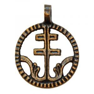 Rund amulett med patriarkalkors